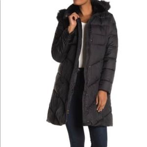 Puffy hooded coat with faux fur trim